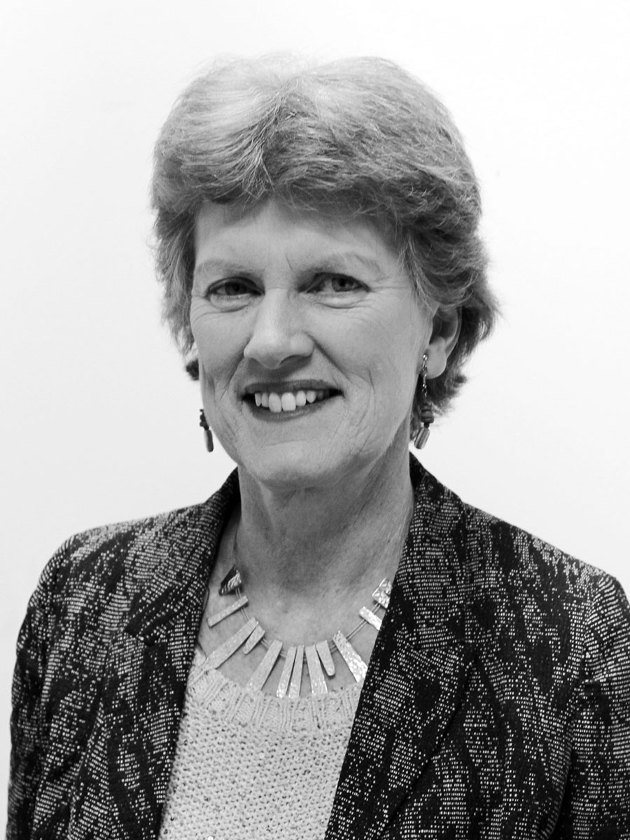 Dr Cathy Ross